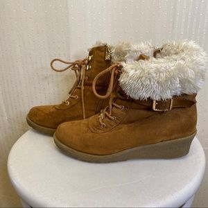 Michael Kores suede boots with faux fur lining